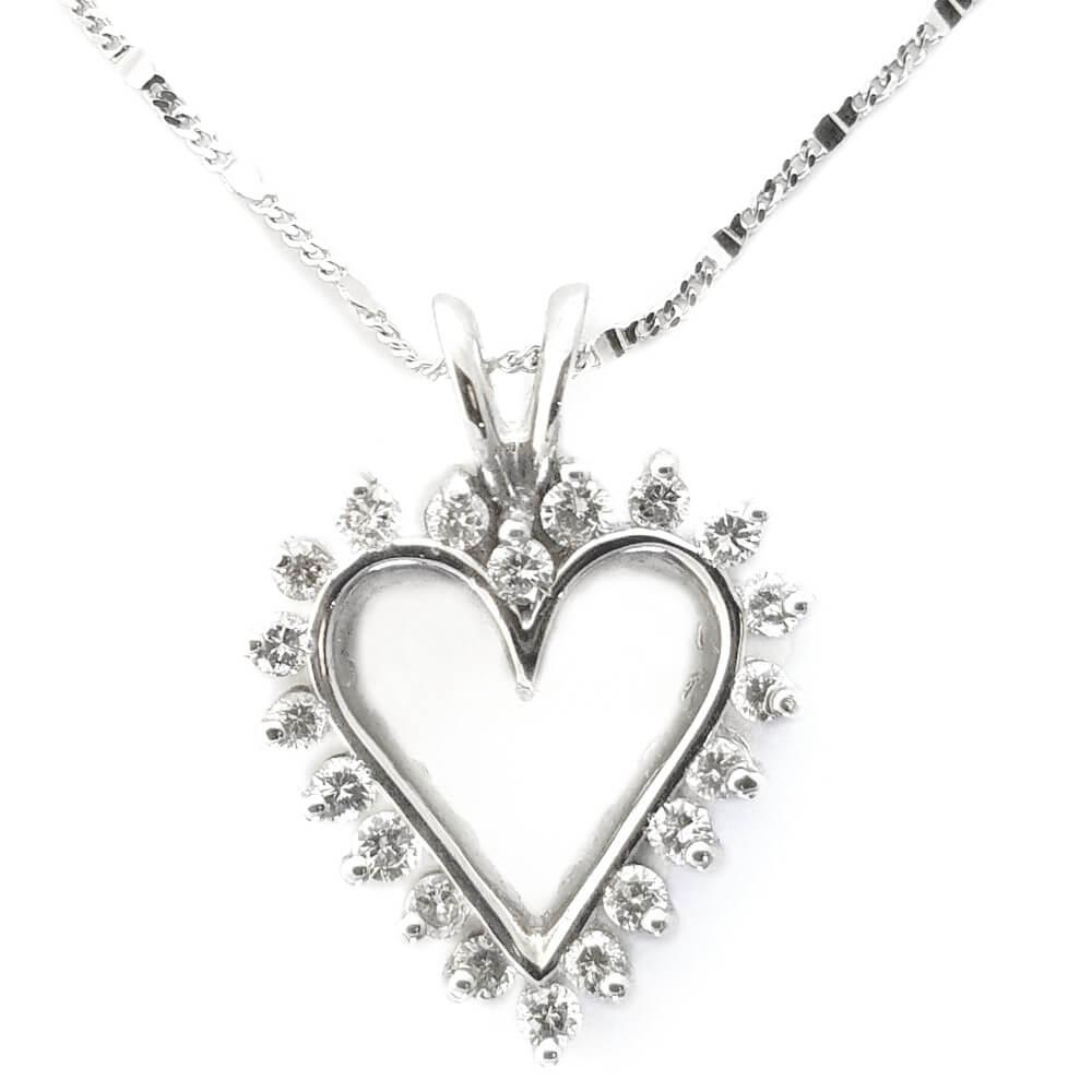 14K White Gold 0.65ct Diamond Heart Necklace