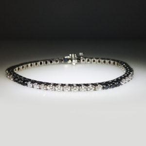 14K White Gold 4.80ct Diamond Tennis Bracelet - 0.84ct Black Diamond and 3.92ct White Diamonds