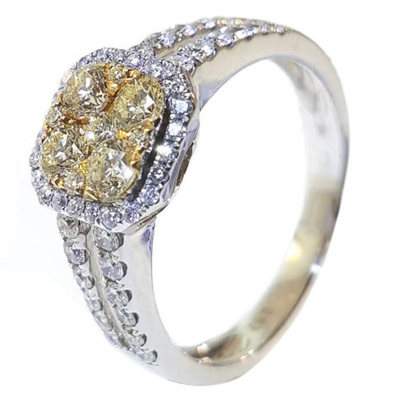18K White Gold 0.93ct Diamond Engagement Ring