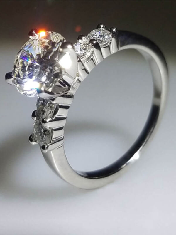 Diamond Engagement Rings that dazzle