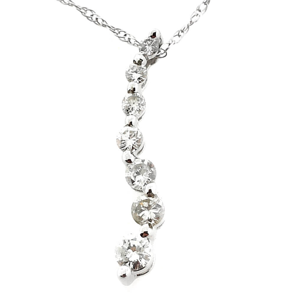 14K White Gold 0.30ct Diamond Necklace