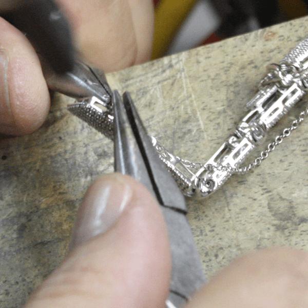 Chains & Repairs