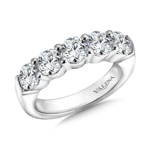 14K White Gold 1.86ct Diamond Wedding Band